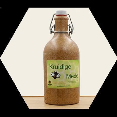 Kruidige Mede Bee At Den Hof